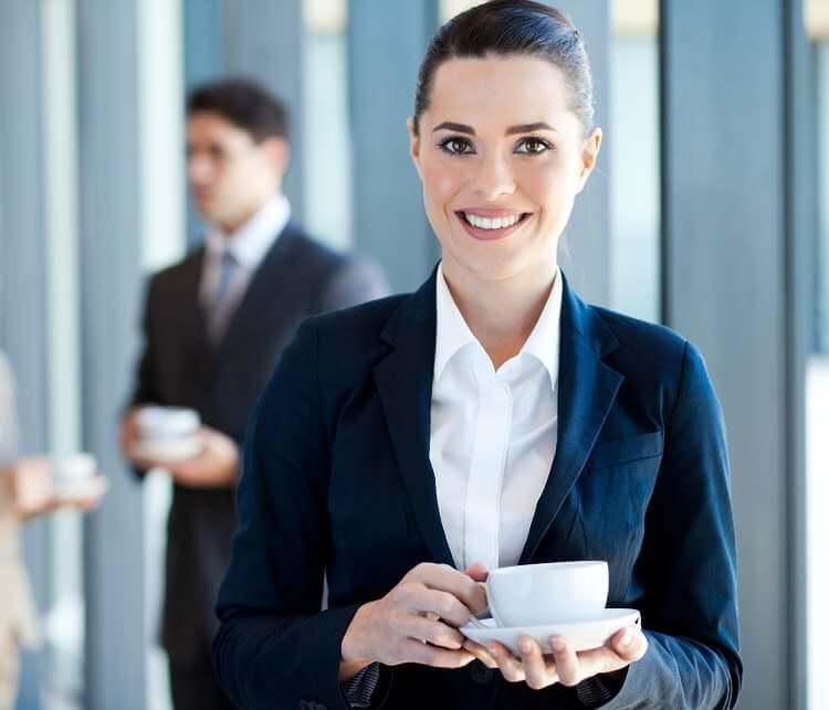 Gespräche und Kontakte auf Messen und Events – immer mit einer guten Tasse Kaffee.